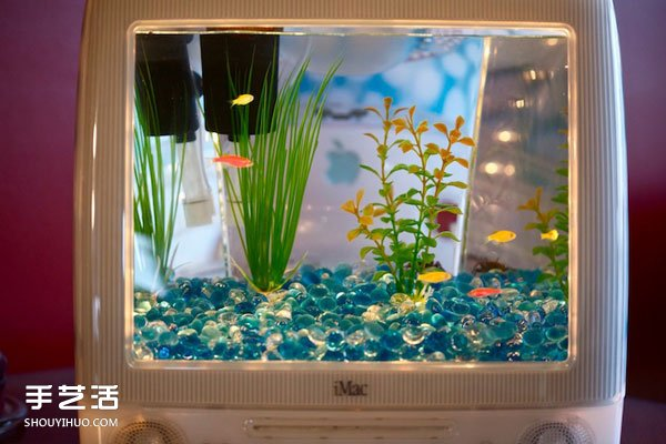 iMac電腦改造水族箱的創意 環保又超級好看!