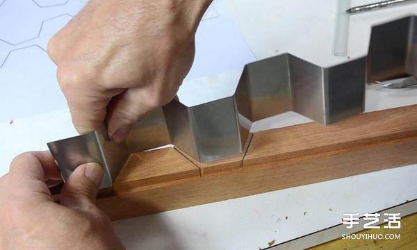 自制蜂巢切蛋糕刀的方法 轻松切出超完美蜂巢 -  www.shouyihuo.com
