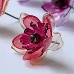 塑料花第二十九的做法�D解 手工塑料花制作方法步