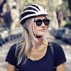 可折叠式自行车头盔设计 收纳和携带都方