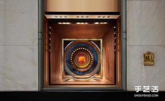 Hermès的立体世界 原木雕刻成的绝美橱窗陈列 -  www.shouyihuo.com