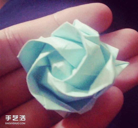 领带叠玫瑰花步骤_纸玫瑰花的折法步骤 手工立体玫瑰折纸图解_手艺活网