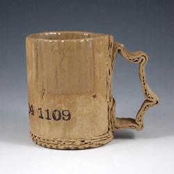做旧陶瓷作品:模拟瓦楞纸、金属罐都超逼真