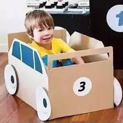 手工纸箱小汽车做法 幼儿园自制纸箱汽车