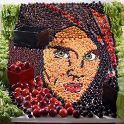 利用特定角度的视觉错位 创作大型食物艺