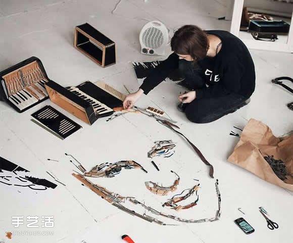 將舊手風琴里兩萬個零件拆解 拼成人物肖像畫