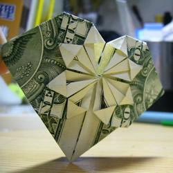 一元美金纸币折爱心图解 美金爱心的折纸