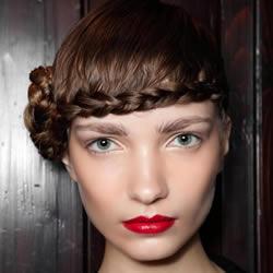 简约、性感、知性…28款适合派对的发型设计