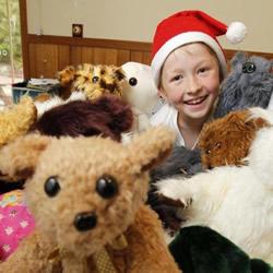 年纪不是问题!12岁少年的毛绒玩具公益