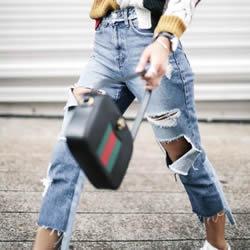 收起紧身牛仔裤 这五种牛仔裤型你更时髦!