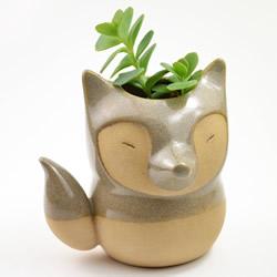 纯手工打造迷你花盆 小巧可爱的陶艺手工艺品