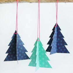 自制圣诞树挂件的方法 卡纸圣诞树小挂件DIY