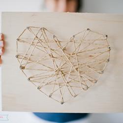 情人节爱心礼物制作方法 缠线爱心装饰摆