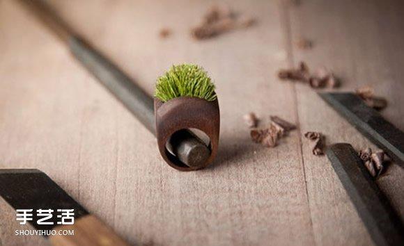 純手工打磨而成的木頭首飾 質樸而別具一格