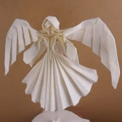 美丽天使的折纸方法 手工折叠立体天使图
