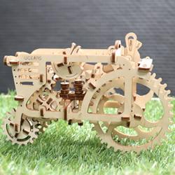 UGEARS自走拖拉机模型制作 利用橡皮筋产生动力
