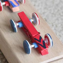 幼儿园小汽车制作方法 木夹子制作玩具小车