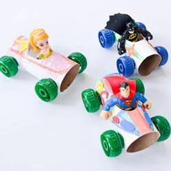 卫生纸筒制作小汽车 简单幼儿纸筒小车的