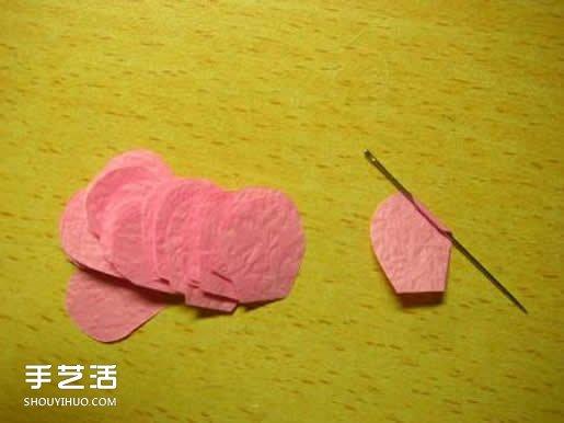 手揉纸玫瑰花的折法 简易玫瑰花折纸图解 -  www.shouyihuo.com