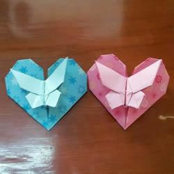 蝴蝶飞爱心的折法图解 带蝴蝶心形的折纸