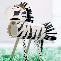 废物利用做小马的教程 幼儿园斑马手工制作