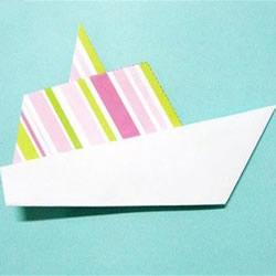 简单折纸轮船的过程 幼儿园折小船的教程