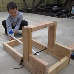 无敌老爹的小发明:简易投石机的制作方法