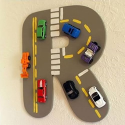 儿童节送什么礼物好?把汽车模型做成装