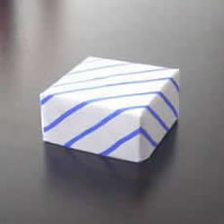 有盖正方形盒子的折法 如何折方形纸盒图解