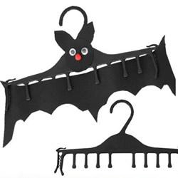 幼儿园万圣节手工制作 万圣节蝙蝠挂饰制作