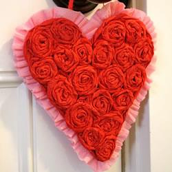 皱纹纸玫瑰花挂饰DIY 婚礼情人节爱心装饰