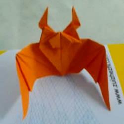 如何折纸蝙蝠的步骤图 蝙蝠的折纸方法图