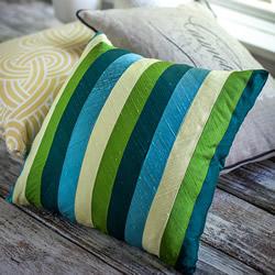 丝带制作拼布风靠枕 自制丝带靠枕的方法图解