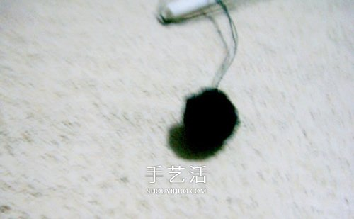 不织布小狗玩偶制作 简单布艺狗狗DIY图解 -  www.shouyihuo.com