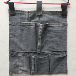 废旧牛仔裤DIY制作壁挂收纳袋的方法图解