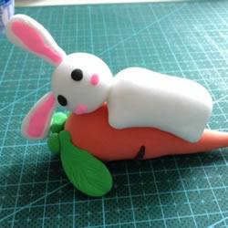 超轻粘土制作可爱兔子和胡萝卜的图解教