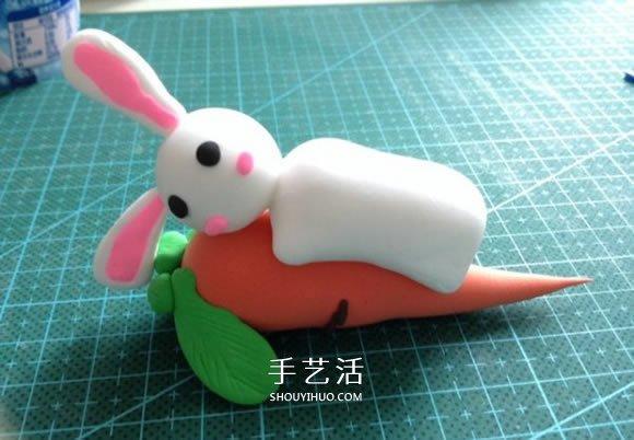 超輕粘土製作可愛兔子和胡蘿蔔的圖解教程