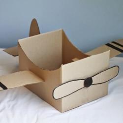 废纸箱做飞机的方法 可以坐的纸箱飞机制作