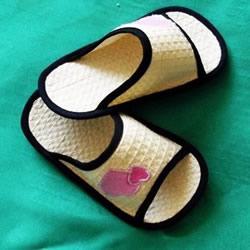 自制凉拖鞋的方法图解 夏天用拖鞋DIY教程