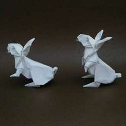 �碗s兔子的折�方法 中秋�折�兔▲子�D解