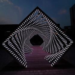 夜幕时最美的数码夜景 光之甬道Accumulation