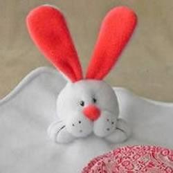 不织布兔子玩偶的做法 手工布艺兔子布偶DIY
