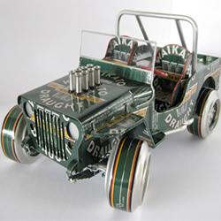 易拉罐汽车模型制作图片 易拉罐做车辆模型作品