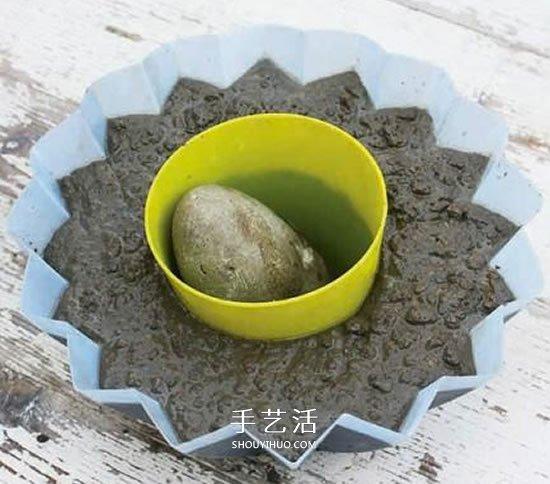 自制水泥花盆的方法 简易星星花盆DIY制作 -  www.shouyihuo.com