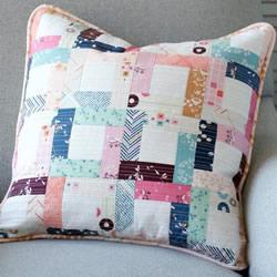 自制拼布靠垫的方法 拼布制作小清新靠垫图解