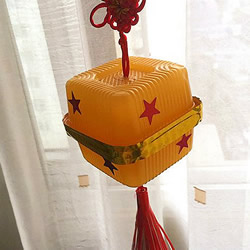 月饼盒手工制作灯笼 废物利用灯笼制作方法