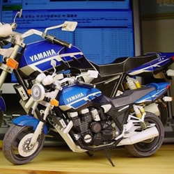 YAMAHA XJR1300 经典摩托车纸模型作品赏