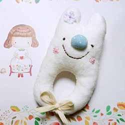 兔宝宝手摇铃的做法 布艺卡通手摇铃制作图解