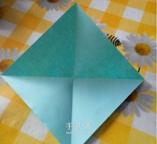 百合花怎么折图解教程 折纸百合的过程步骤 -  www.shouyihuo.com