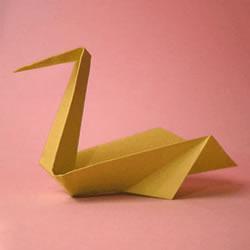 幼儿手工折纸天鹅图解 纸天鹅的折法步骤